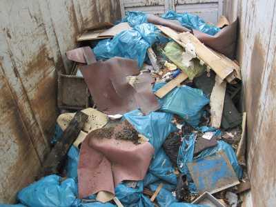 Passende Container für zahlreiche Abfallarten