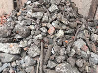 Fachgerechte Entsorgung und Aufbereitung von Abfällen in unserem Recyclingbetrieb